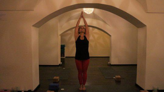 Vom EarlyBird- zum Feierabend-Yoga